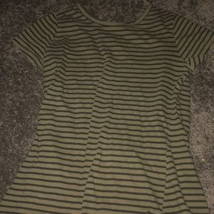 Green fit shirt from forever 21(used)